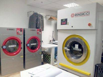 Máy sấy công nghiệp Renzacci