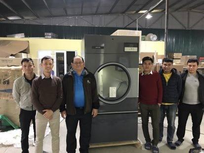 Mua máy giặt công nghiệp Liên Doanh có tốt không ?