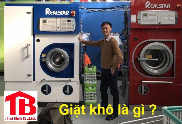 Giặt khô là gì ? Giặt khô khác với giặt ướt ở điểm nào ?