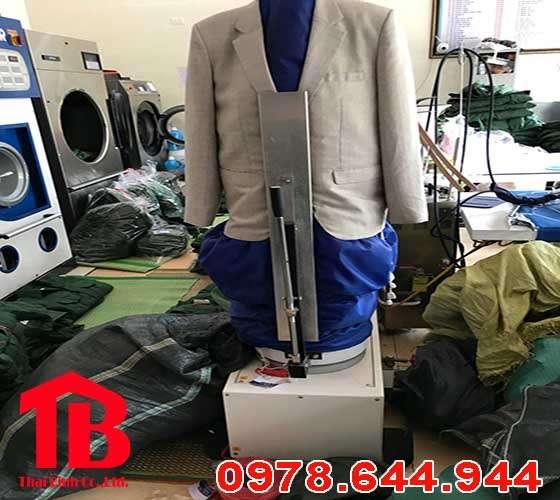 b1388f26f4311a6f4320 - Nên mua máy thổi phom quần áo ở đâu tốt và rẻ ?