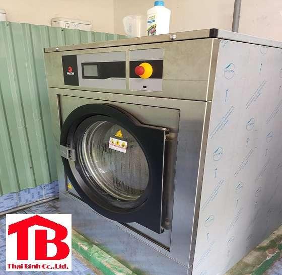Bảng giá máy giặt chăn công nghiệp