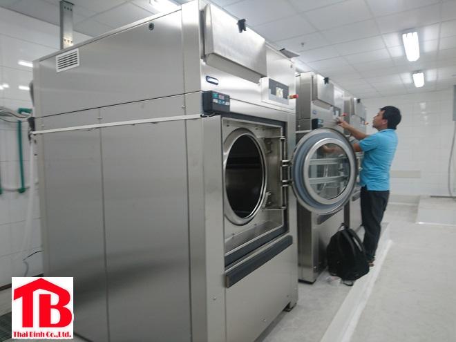 Lưu ý khi sử dụng máy giặt công nghiệp