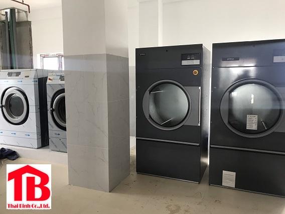 Máy giặt công nghiệp tại Bình Định
