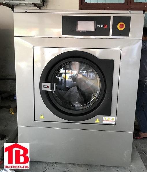 Top 5 thương hiệu máy giặt công nghiệp tiêu thụ điện ít 2020