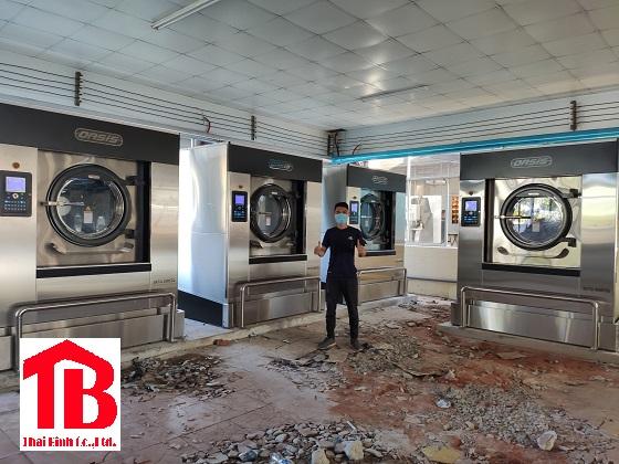 Khách sạn trên 50 phòng nên dùng máy giặt bao nhiêu cân ?