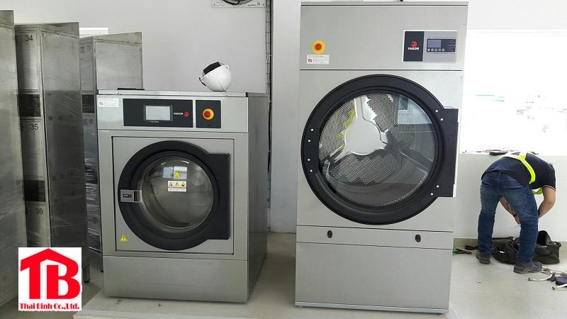 Vốn 100 triệu có mua được máy giặt công nghiệp không ?